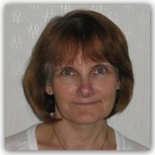 Dr Margaret Simons