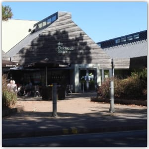 Oakwood Centre, Woodley