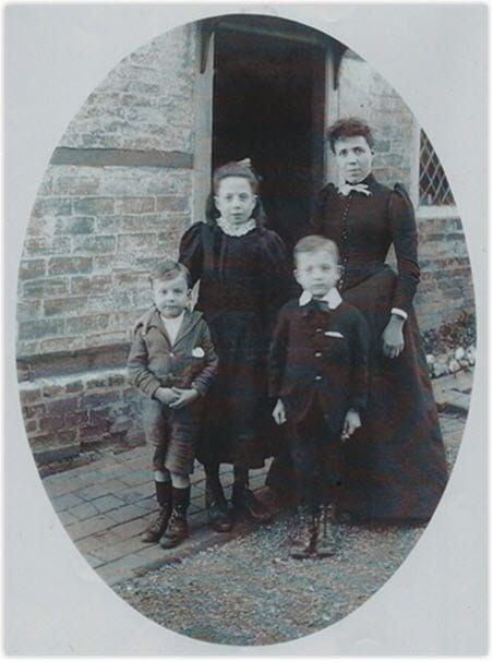 Agnes Burtenshaw and her children Winifred, Charles and Allan c. 1894
